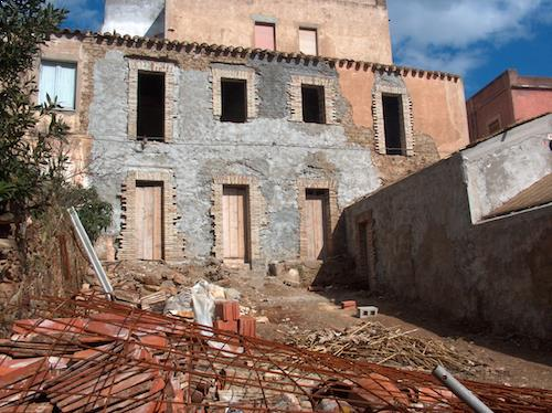 Casa Teulada Sardinia | From Rubbles...